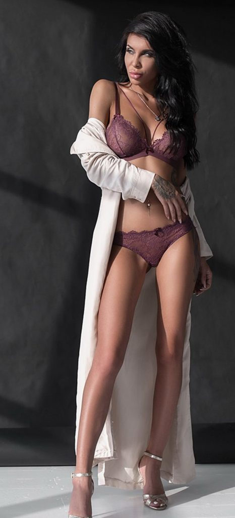 London escorts sexy girl for pleasure